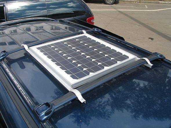 солнечная батарея на крыше автомобиля