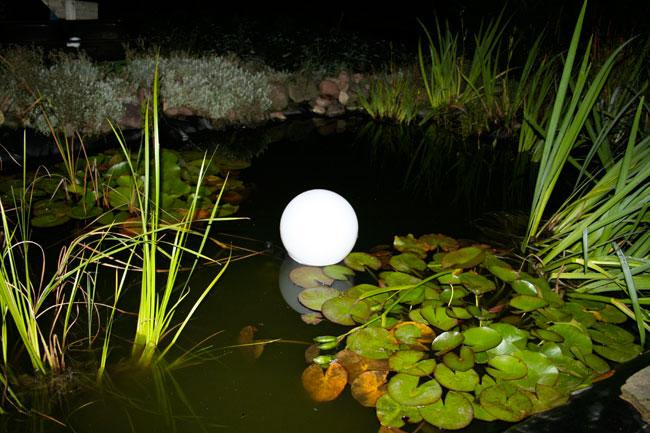 освещение пруда