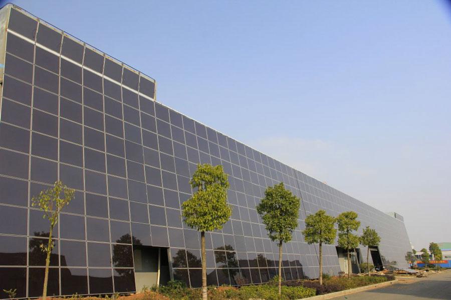 здание, облицованное микроморфными модулями