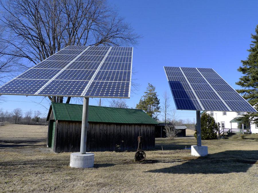 Поворачивающиеся солнечные батареи