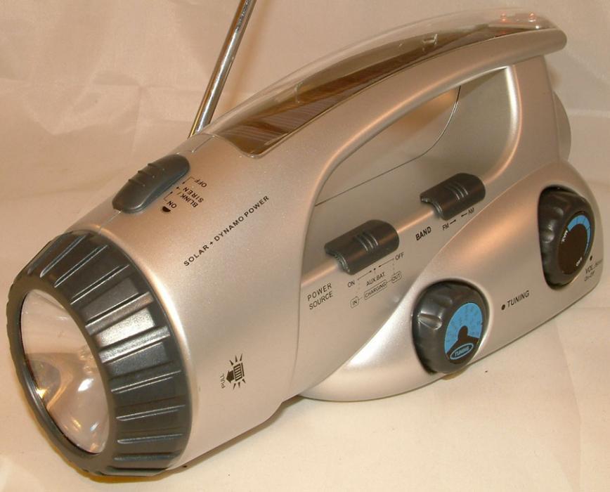 Радиоприемник на солнечных батареях