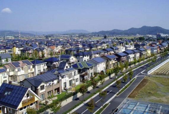дома с солнечными батареями в Германии